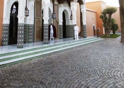 Pavé en porphyre en arcs opposés Marrakech