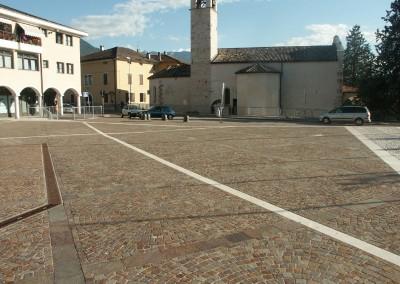 Porphyry cubes concentric circles - Trento-Cognola  Italy