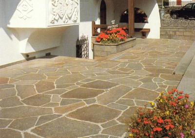 Porphyry irregular giant slabs - private property Italy