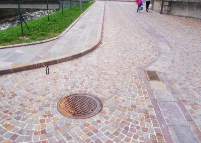 Bordures porphyre pour délimitation des trottoirs
