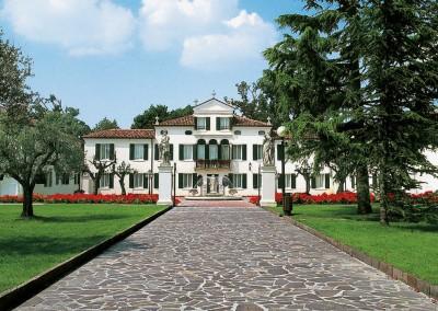 Unregelmaessige Platten Porphyr - Privathaus Italien