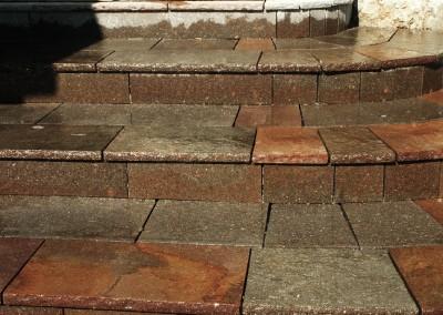 Alzate in porfido del trentino con piano cava lati segati