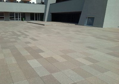 Porphyry flamed paving fixed length