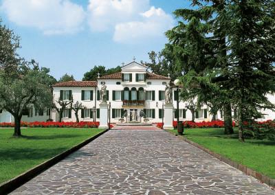 Италия частный особняк