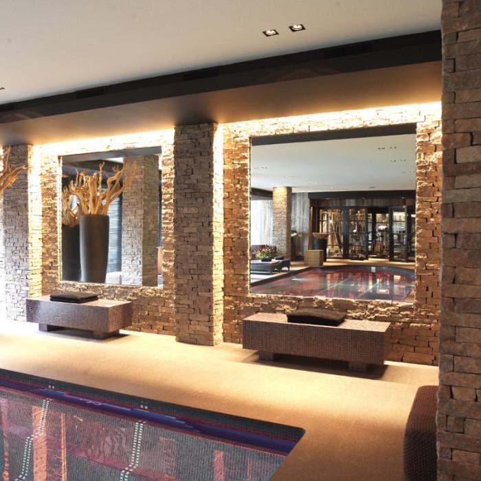 Interni in porfido pietra versatile per realizzazioni da - Pietre da parete per interni ...