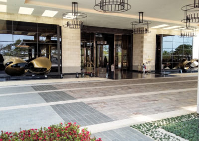 Hotel Paradise Korea split tiles natural surface